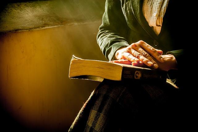 book-1421097_640
